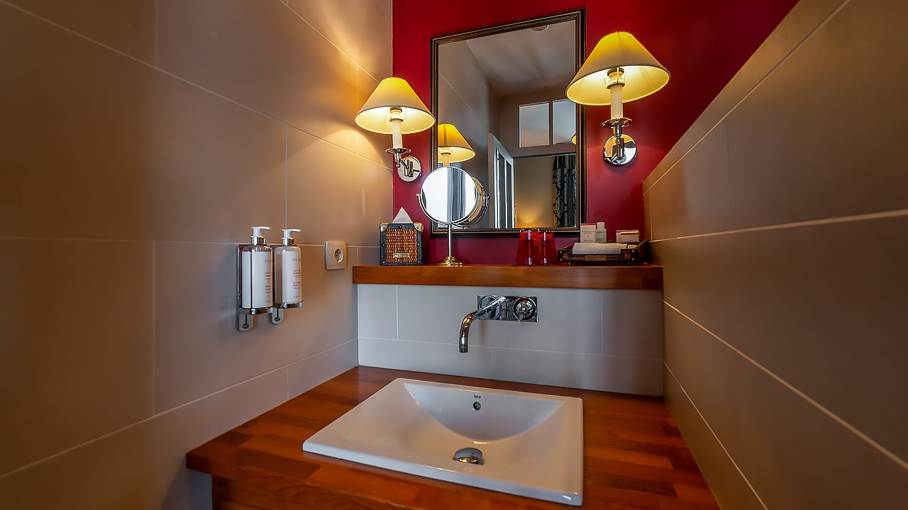 Salle de bain de l'hôtel