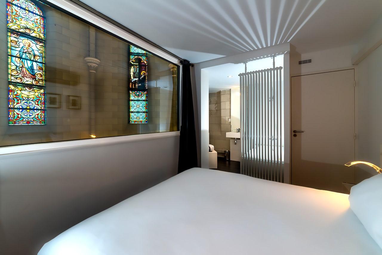 Salle de bain de la chambre d'hôtel
