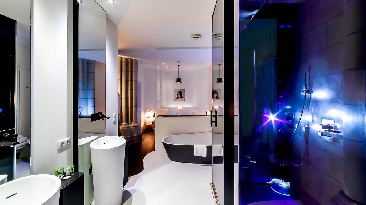 Incroyable chambre avec magnifique salle de  bain