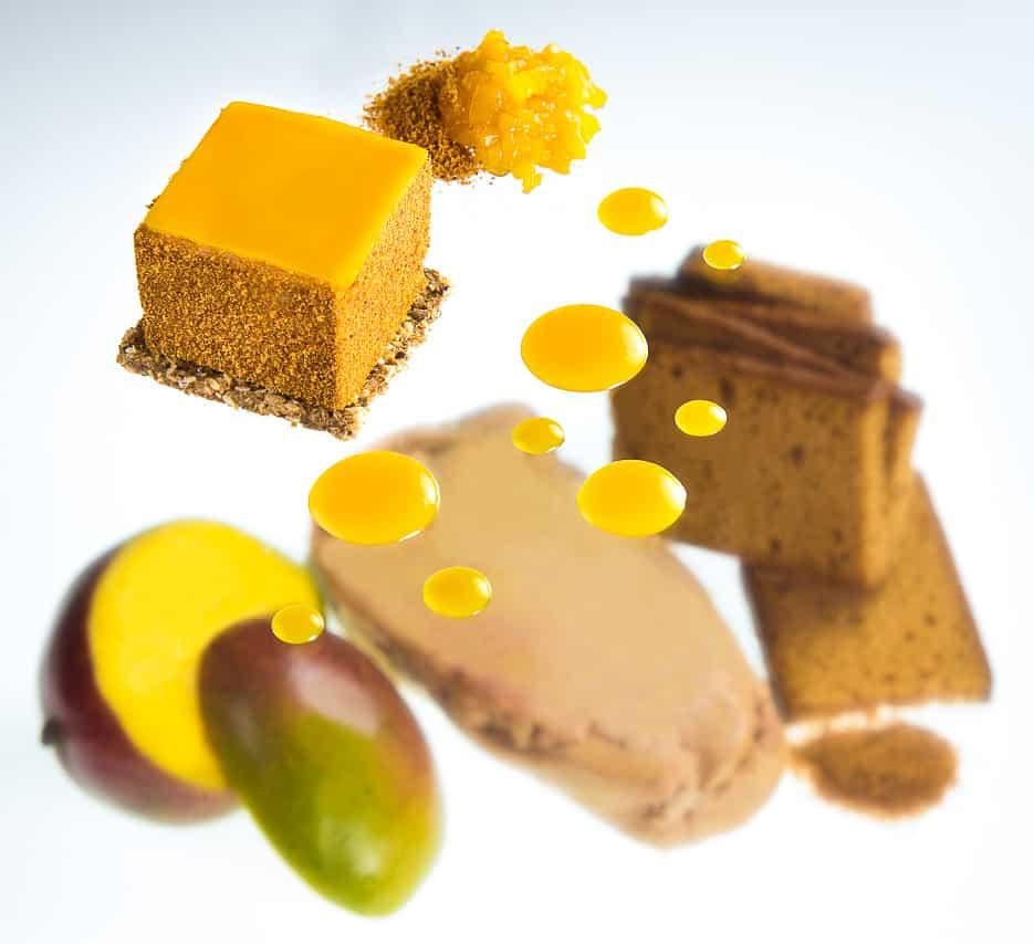 Pain d'épice avec foie gras et mangue
